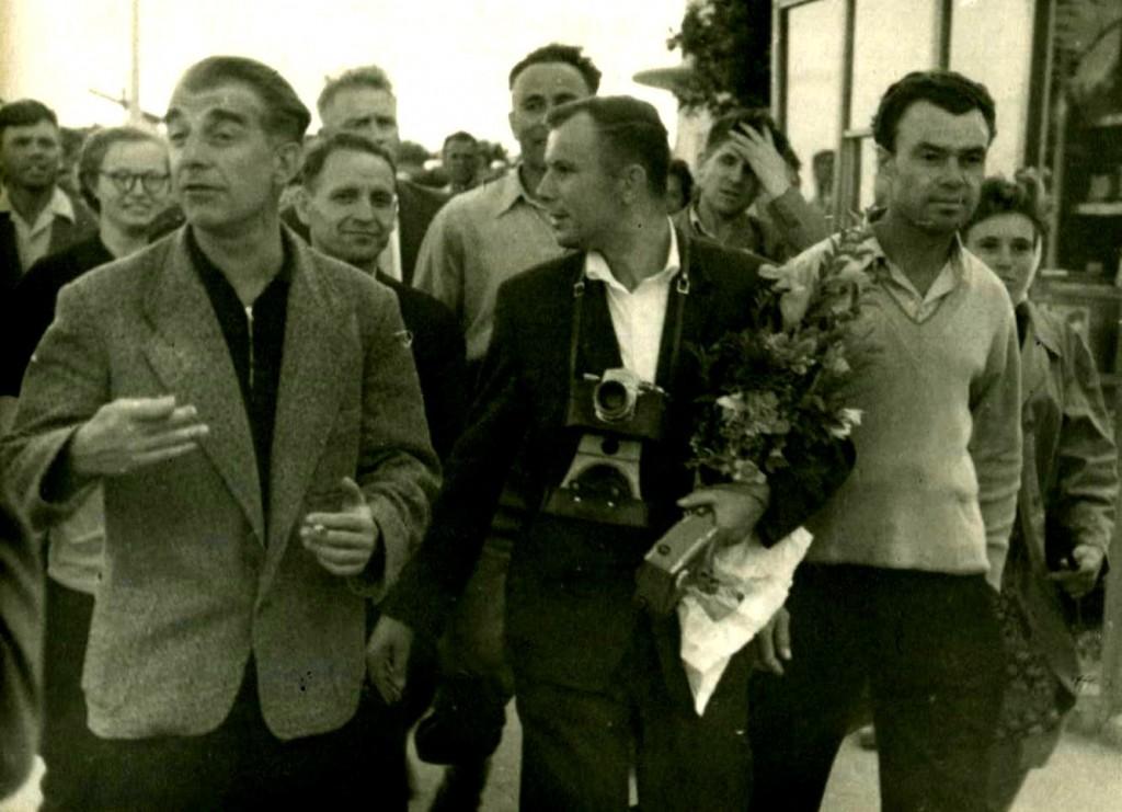 Летчик-космонавт, Герой Советского Союза Гагарин Юрий Алексеевич Гагарин в Севастополе. 3 сентября 1963 года ГАГС, фонд фотодокументов, ед.хр. 226